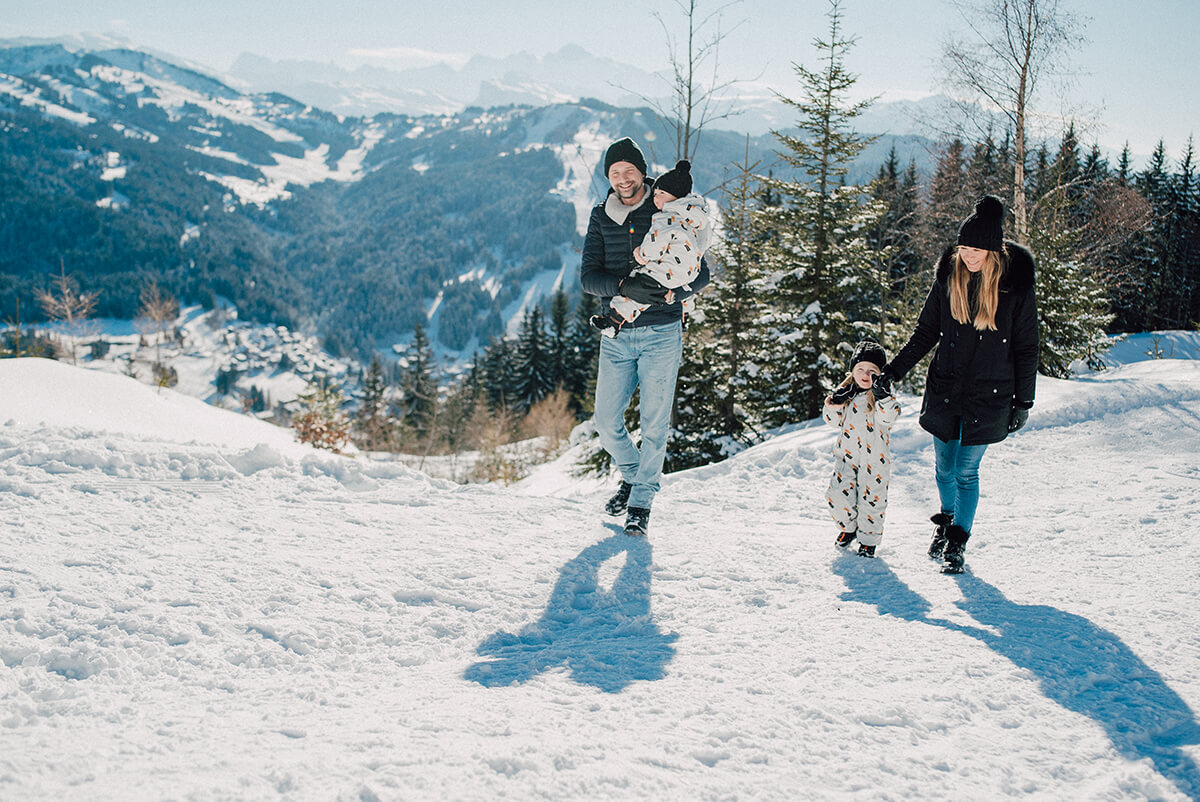 family kids sledge snow winter led gets french alps
